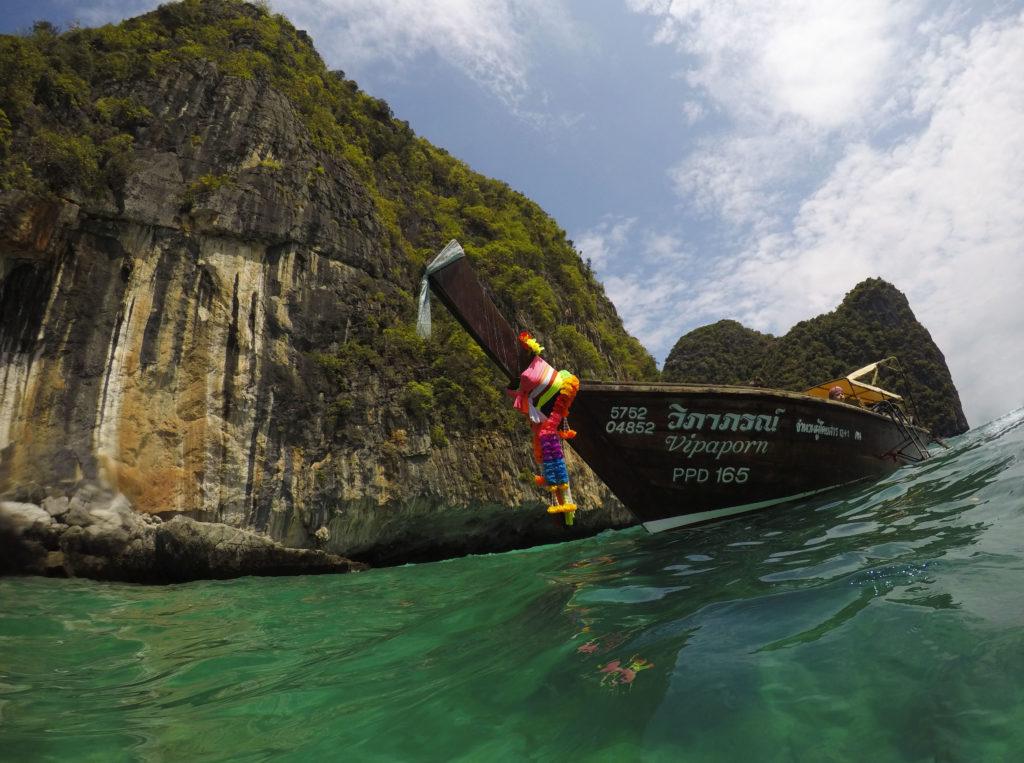 Snorkeling in Koh Samah Bay Ko Phi Phi Leh